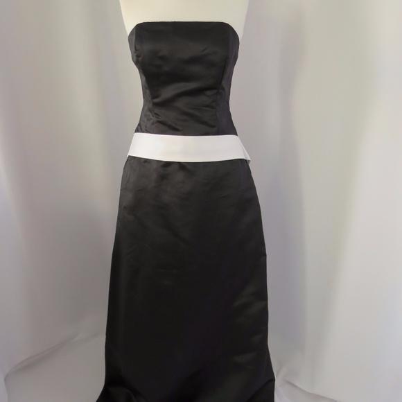 Eden Maids Dresses & Skirts - Eden Maids Matte Satin Strapless Dress, Size: 16